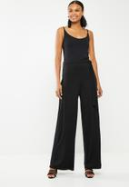 Missguided - Slouch cami wide leg jumpsuit - black