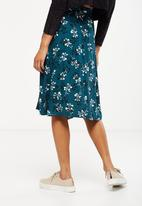 Cotton On - Woven ryder midi skirt - green