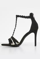 Miss Black - Amalie t-strap heels - black