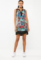 Revenge - Kaleidoscope shift dress - green