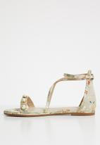 Miss Black - Omari sandals - neutral