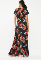Missguided - Plunge wrap floral maxi dress - multi