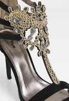 Plum - Embellished heels - black