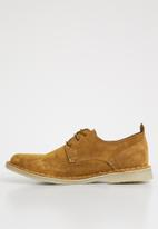 Superbalist - Barry suede formal shoe - tan