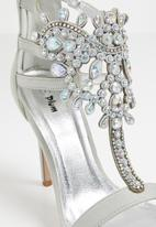 Plum - Embellished heels - grey