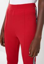 Missguided - Side panel cigarette trousers - red