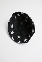Superbalist - Kids boys star bucket hat - black
