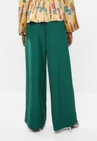 Missguided - Wide leg pleat trouser - green