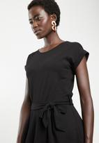 Revenge - Cap sleeve wrap dress - black