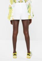Missguided - Pleat front wrap over skort - white
