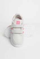 adidas Originals - Forest grove cf - cwhite/reapnk/greone