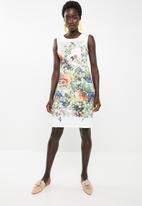 Revenge - Garden print shift dress - white