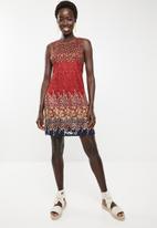 Revenge - Floral layered shift dress - red