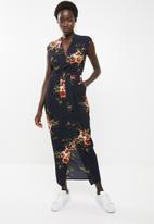 Revenge - Sleeveless floral dress - navy
