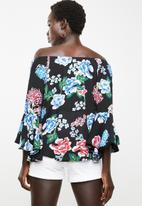 Revenge - Dark floral off shoulder top - black