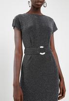 Superbalist - Split sleeve detail dress with belt - black