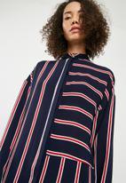 Superbalist - Oversized stripe shirt dress - navy & red