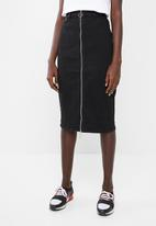 Superbalist - Black denim zip through skirt - black