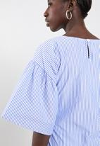 Superbalist - Poplin blouse with bow - blue & white