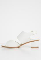 Truffle - Block heel sandals - white