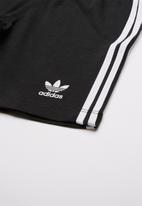 adidas Originals - Camo trefoil shorts and tee set - multi