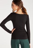 Supré  - Long sleeve round neck top - black