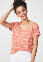 Cotton On - Karly short sleeve v-neck top - peach & white