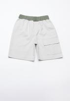 Superbalist - Utility loose shorts - khaki