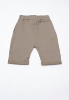 Superbalist - Contrast jogger shorts - khaki