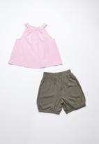 Superbalist - Smock top with bloomer shorts - pink and khaki
