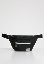 Herschel Supply Co. - Seventeen hip pack - black