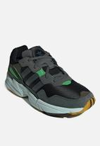 adidas Originals - Yung-96 - black,  leagend ivy & raw ochre