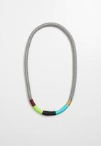 Pichulik - Thin Ndebele necklace - multi