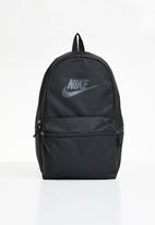 Nike - Heritage - black