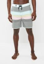 Hurley - Spray booth boardshort - multi