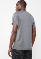 adidas Originals - Freelift Climacool tee - grey