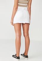 Supré  - Winona ultra destroy skirt - white