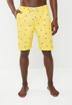 STYLE REPUBLIC - Pineapple swim trunks - yellow