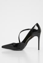 dailyfriday - Rachel court heel - black
