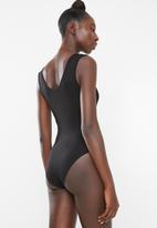 Superbalist - 2 Pack scoop neck bodysuit - black and white
