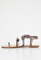 Miss Black - Hania sandal - grey