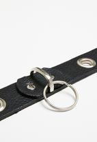 Superbalist - Lekelei eyelet leather belt - black