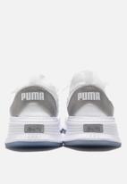 PUMA - Avid fusefit - white/silver