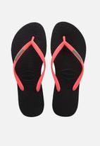 Havaianas - Slim logo popup flip flops - black & coral