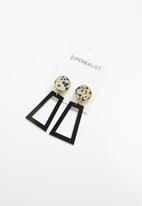 Superbalist - Taylor hammered metal earrings - gold & black