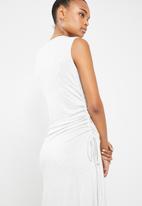 Superbalist - Ruched sleeveless dress - grey