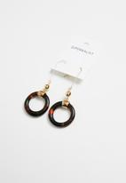Superbalist - Tortoise shell round earrings- brown & gold
