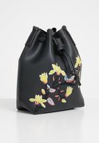 Superbalist - Embroidered bucket bag - black