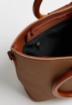 Superbalist - Wooden handle crossbody bag - tan