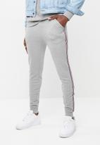 Superbalist - Taped sweat jogger - grey